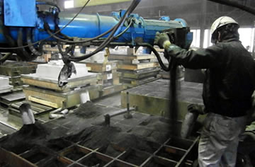 製造(鋳造、仕上げ、加工、塗装)